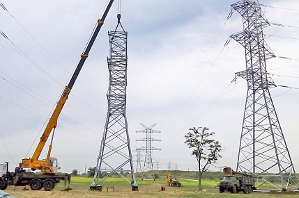 We carry out the construction and reconstruction of cable, overhead power lines, and fiber-optic communication lines